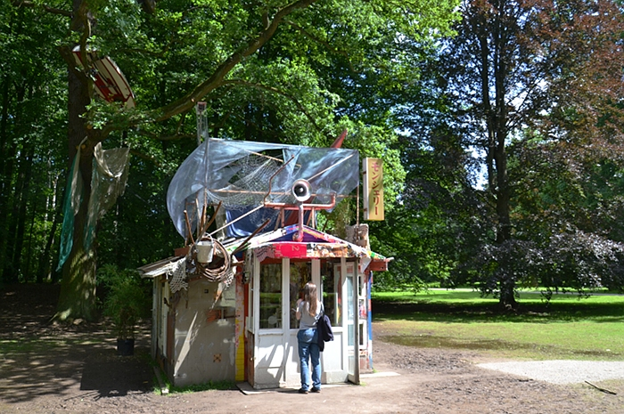Shinro Ohtake, Mon Cheri: A Self-Portrait as a Scrapped Shed, documenta 13, Karlsaue, Fabian Fröhlich, Kassel