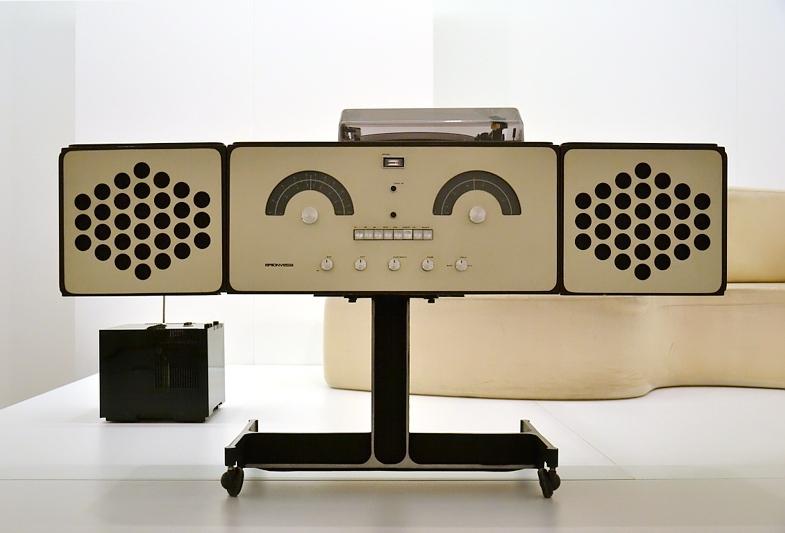 """München, Pinakothek der Moderne, Design, Stereokombination """"RR 126"""", Fabian Fröhlich"""
