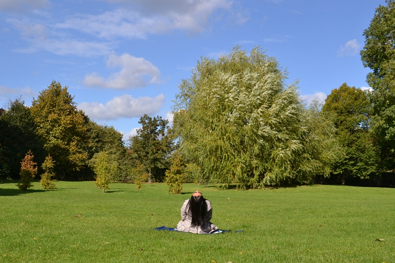 London, Regent's Park, Meditation