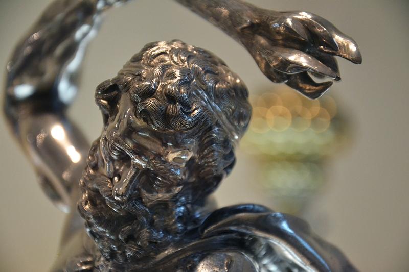 Augsburg, Maximilianmuseum, Tafelaufsatz mit Herkules und Hydra von Albrecht Biller, Fabian Fröhlich