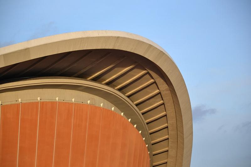 Berlin Tiergarten, Kongresshalle, haus der Kulturen der Welt, Schwangere Auster, Herbst, Fabian Fröhlich