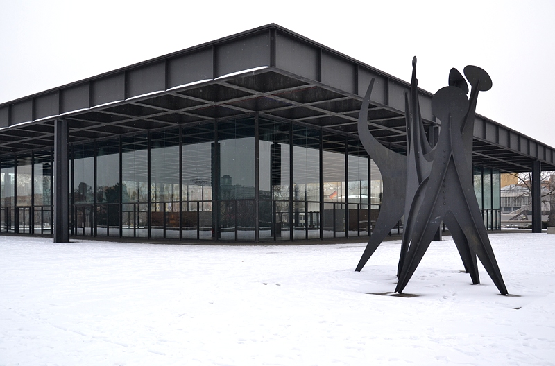 Neue Nationalgalerie, Alexander Calder, Ttes et Queue, Berlin, Fabian Frhlich