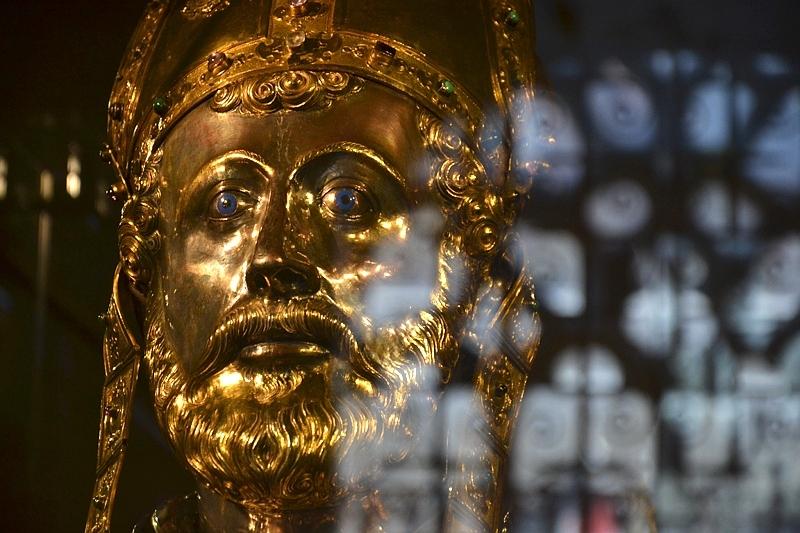 Relikhouder van Sint Servaas, Maastricht, St. Servaas-Basiliek