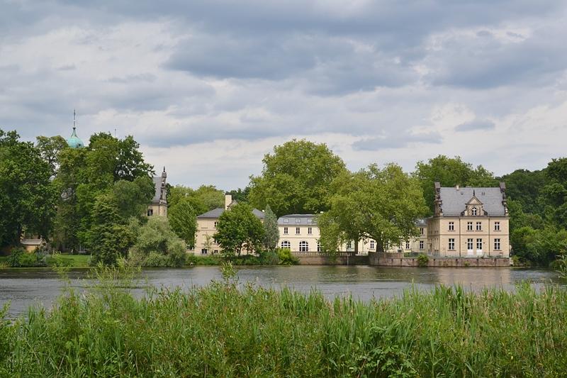 Park Babelsberg, Blick auf Jagdschloss Glienicke