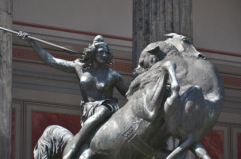 Kämpfende Amazone von August Kiss am Alten Museum