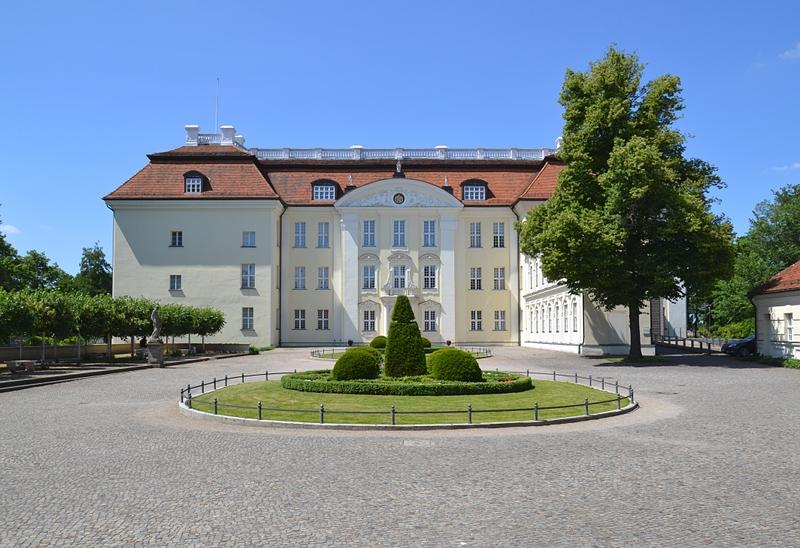 Schloss Köpenick, Hofseite