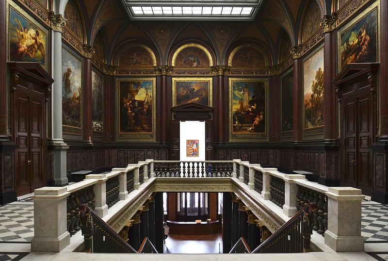 Hamburger Kunsthalle, Altes Treppenhaus mit Wandgemälden von Valentin Ruth