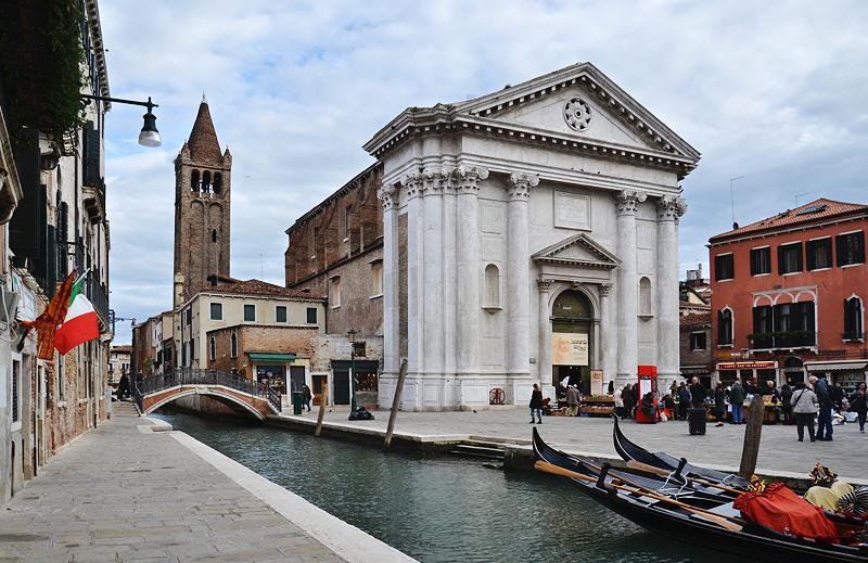 Venezia, Campo San Barnaba