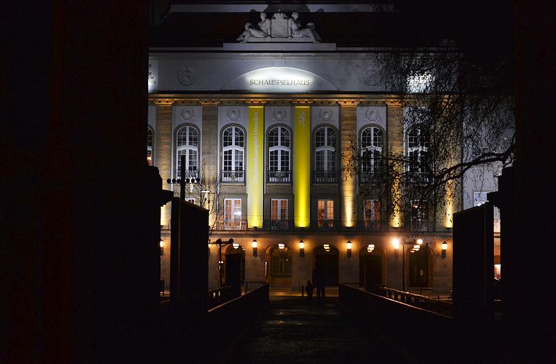 Dresden, Schauspielhaus bei Nacht
