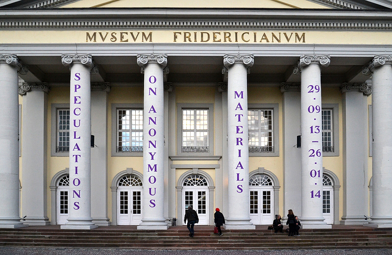 Fridericianum, Eingang mit Säulen, Speculations on Anonymous Materials