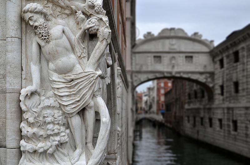 Venice, Palazzo Ducale, Noah, Ponte della Paglia