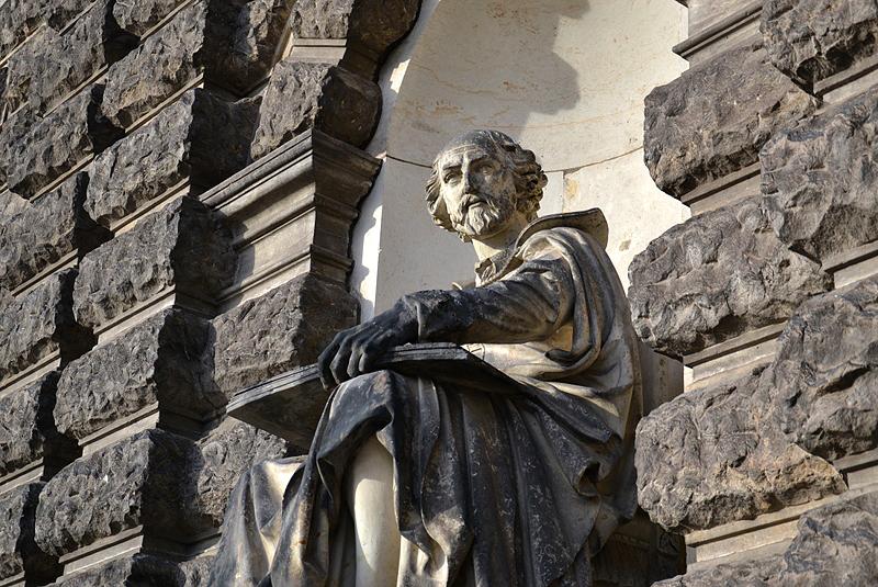 Semperoper, Dresden, Shakespeare-Statue von Ernst Julius Hähnel