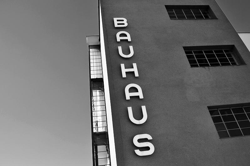 Bauhaus Dessau Schriftzug