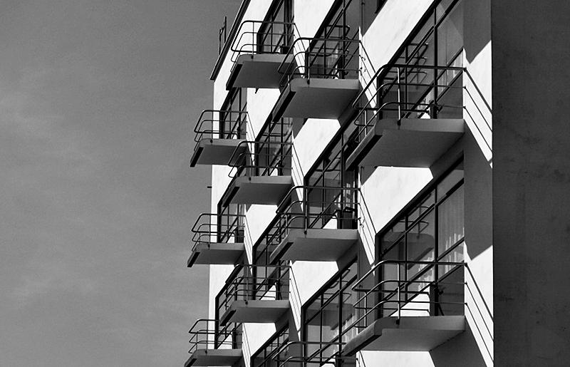 Bauhaus Dessau, Balkons am Atelierhaus