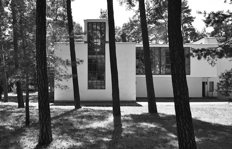 Bauhaus Dessau, Meisterhäuser, Strassenseite Haus Muche Schlemmer