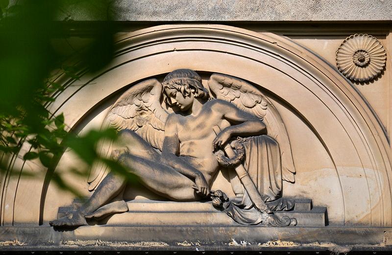 St. Marien- und St. Nikolai-Friedhof I, Berlin Prenzlauer Allee, Relief