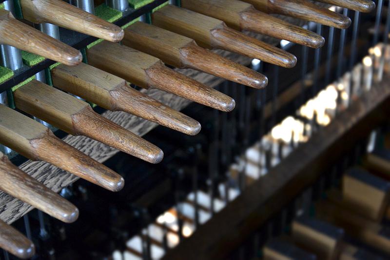 Stokken am Spieltisch, Carillon Berlin-Tiergarten