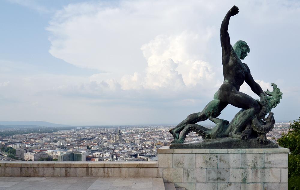 Drachentöter, Szabadság-szobor (Freiheitsstatue) Budapest