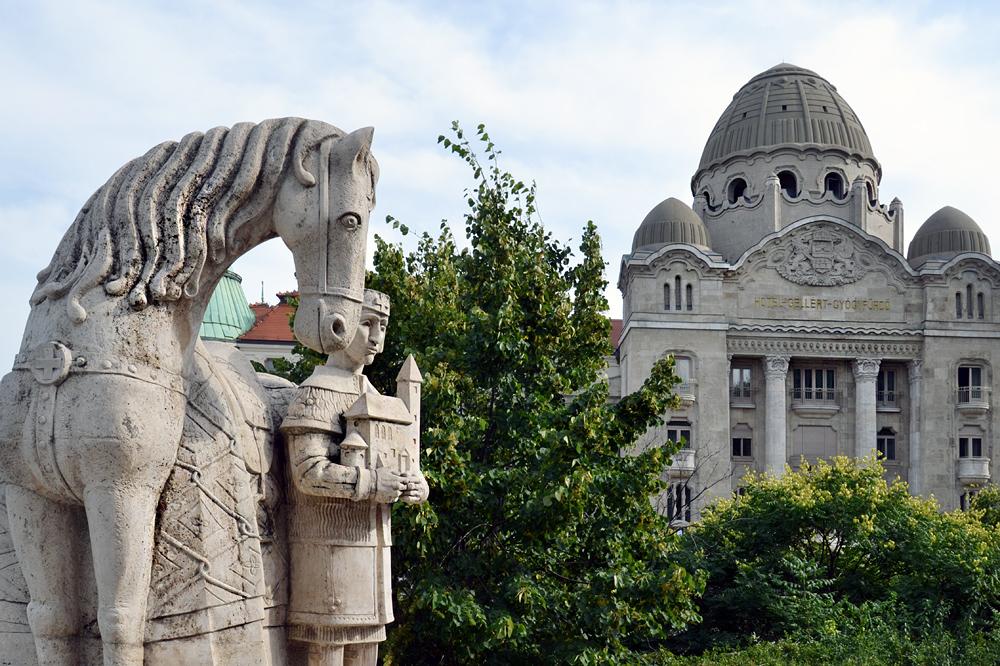 Budapest St-Stephans-Denkmal und Hotel Gellért, Maygar Millenium