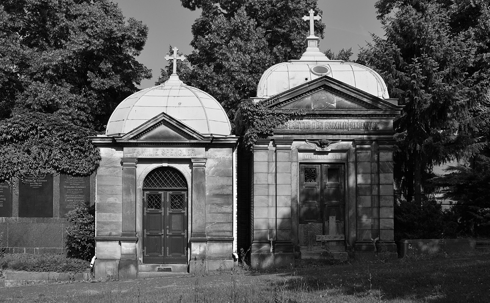 Friedhof der Friedrichswerderschen Gemeinde, Familien Spengler und Klempau