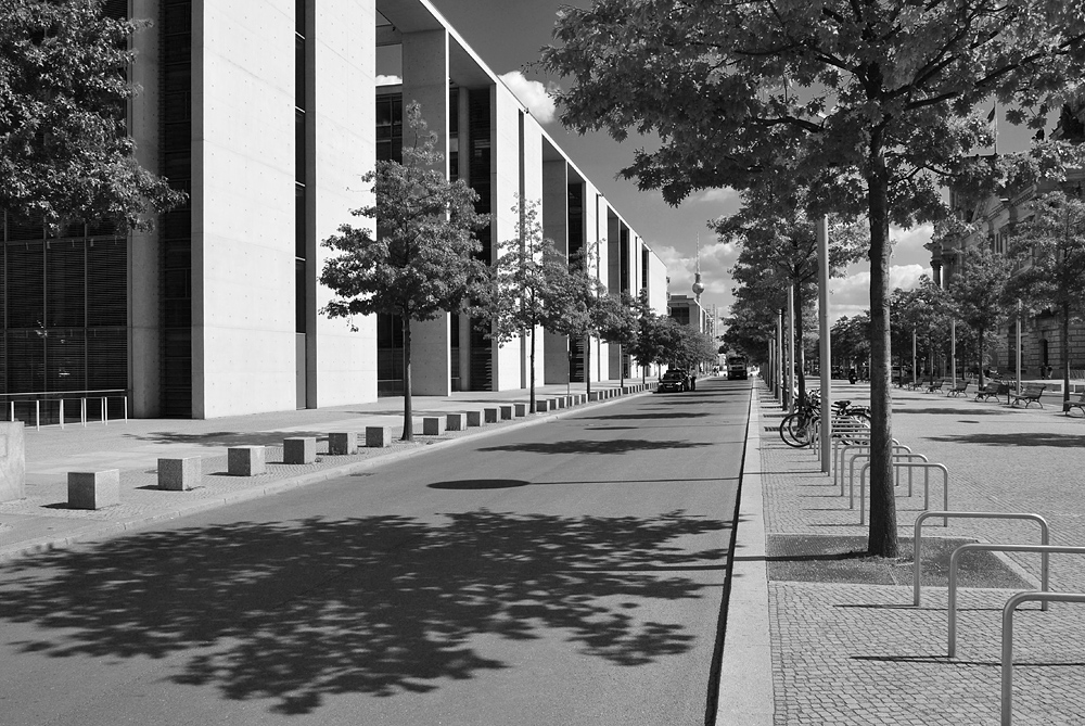 Fabian Fröhlich, Regierungsviertel Berlin, Paul-Löbe-Allee