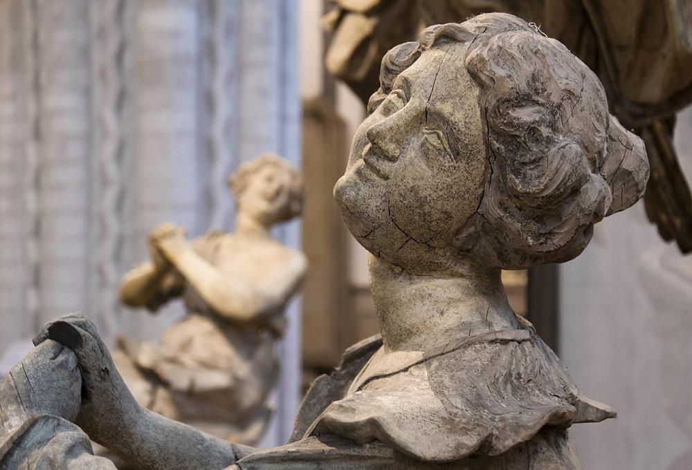 Nikolaikirche Berlin, Allegorie der Liebe und der Hoffnung