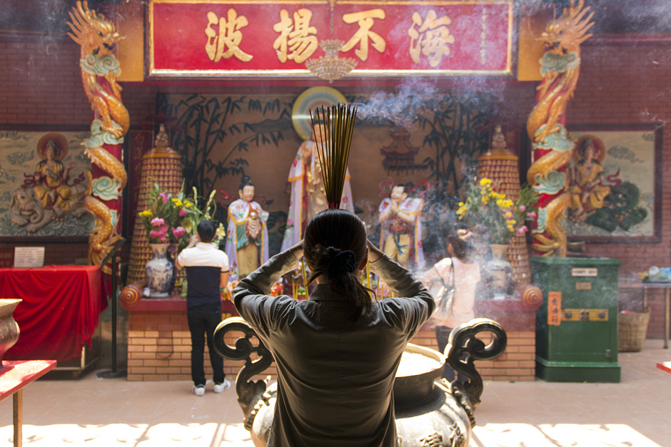 Saigon, Cholon, Chinatown, Chùa Quan Âm, Räucherstäbchen