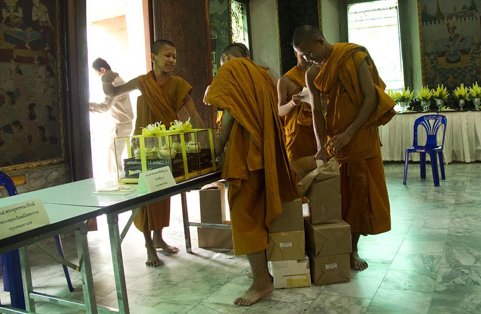 Bangkok, Wat Chana Songkhram, Mönche