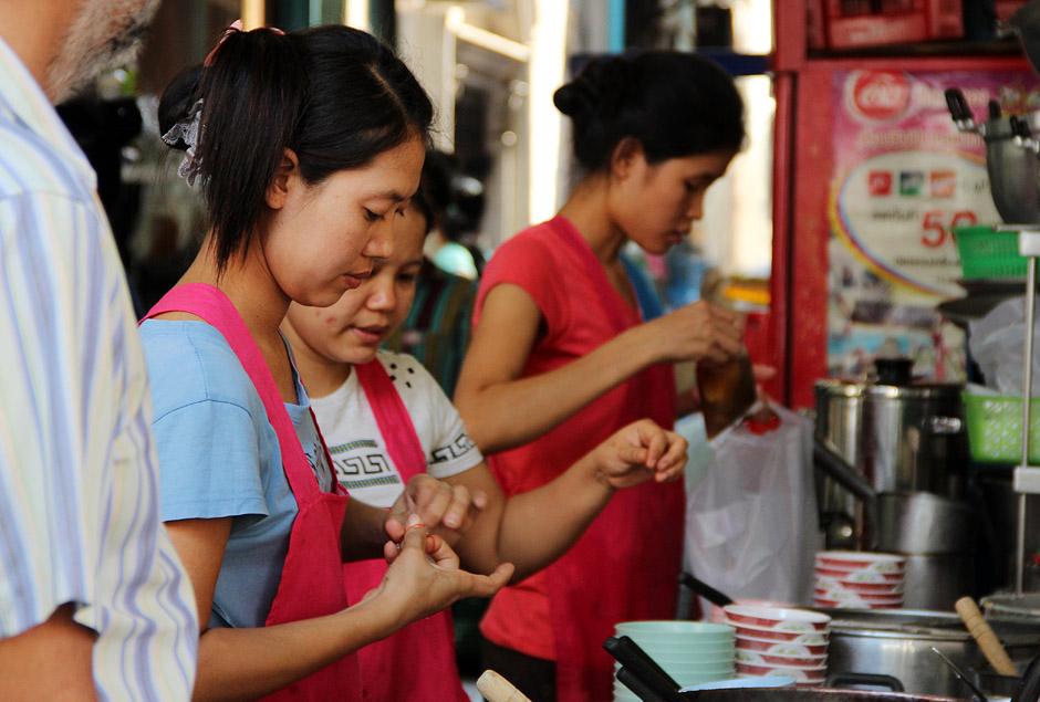 Bangkok, Chinatown, Samphanthawong, Thanon Yoawarat