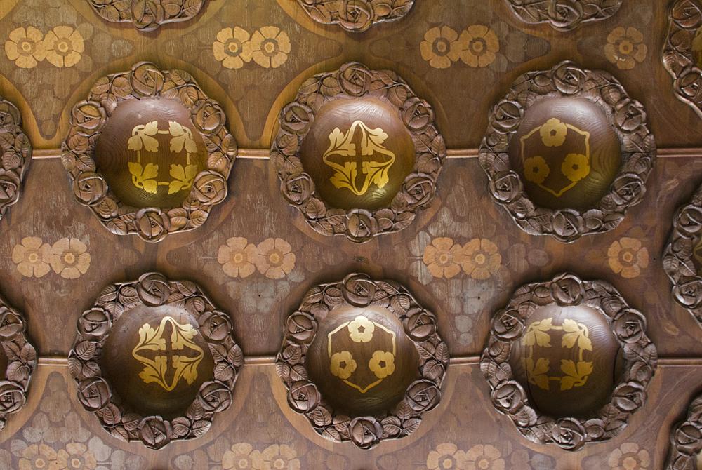 Barcelona, Casa Lleó i Morera von Lluís Domènech i Montaner,Decke