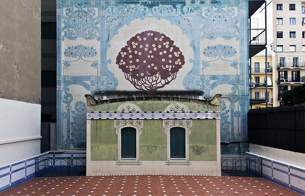Barcelona, Casa Lleó i Morera von Lluís Domènech i Montaner, Terrasse
