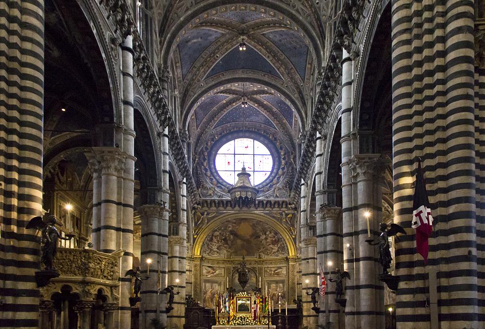 Dumo die Siena, Innenraum