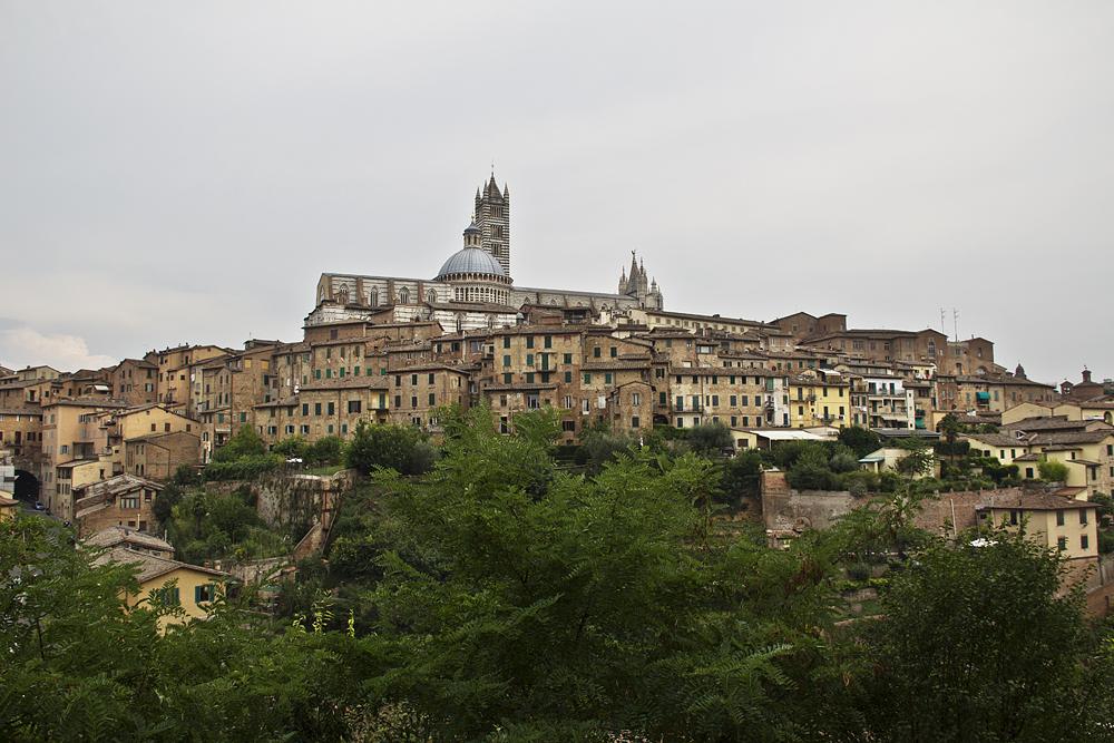 Siena, Blick von San Domenico zum Dom