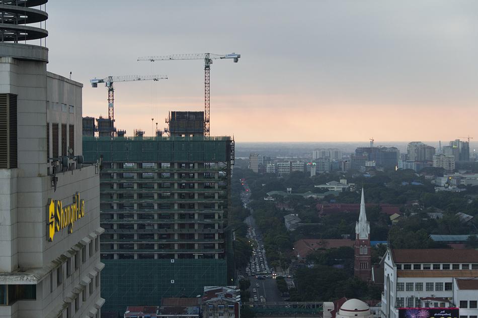 Yangon, AUSSICHT sAKURA tOWER
