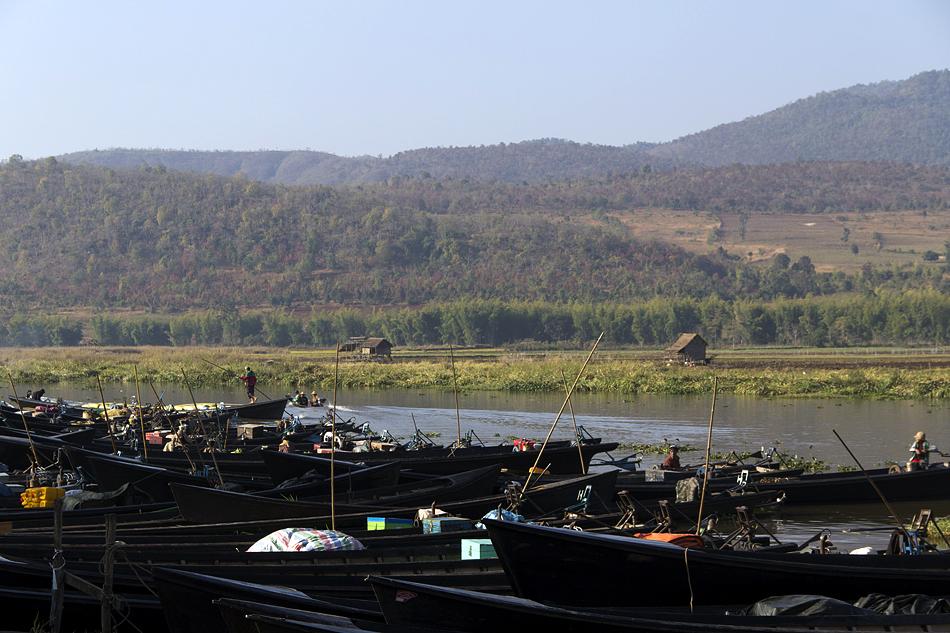 Myanmar, Inle-See, Boote, Markt in Kyauk Taung
