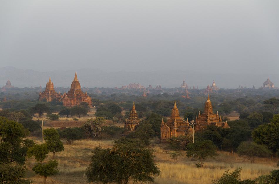 Blick vom Thisawadi-Tempel nach Nordwesten
