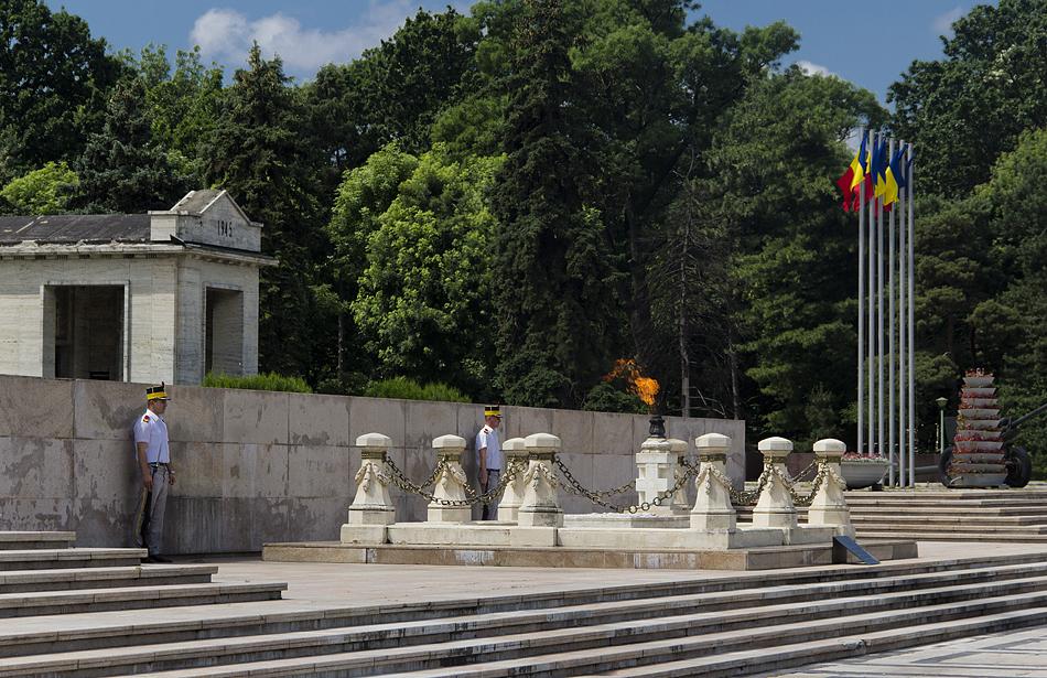 Bukarest, Grab des unbekannten Soldaten im Carol-Park