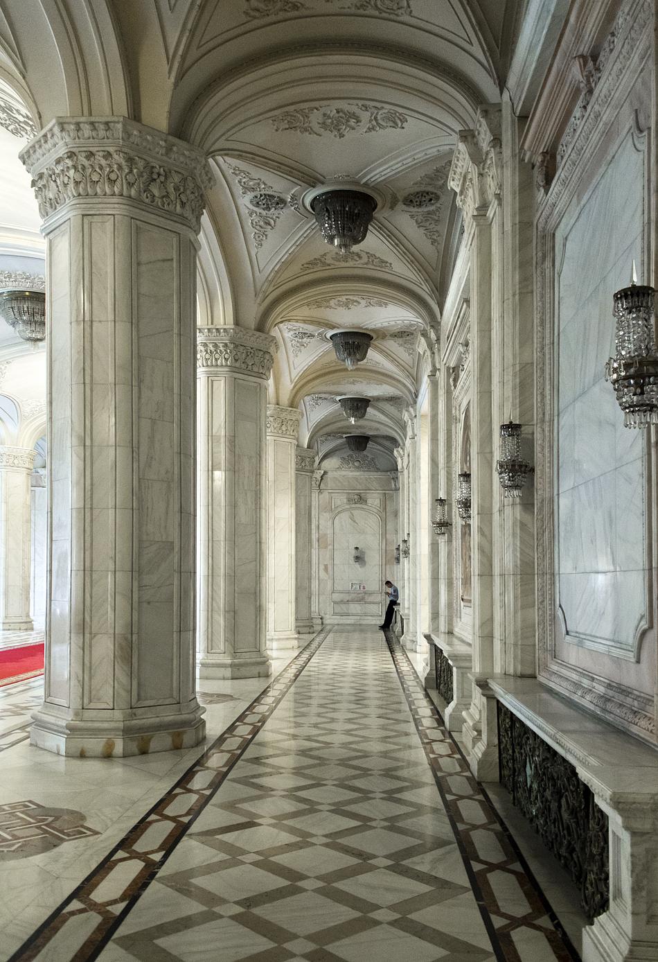 București, Palatul Parlamentului, Interior, Corridor Floor P