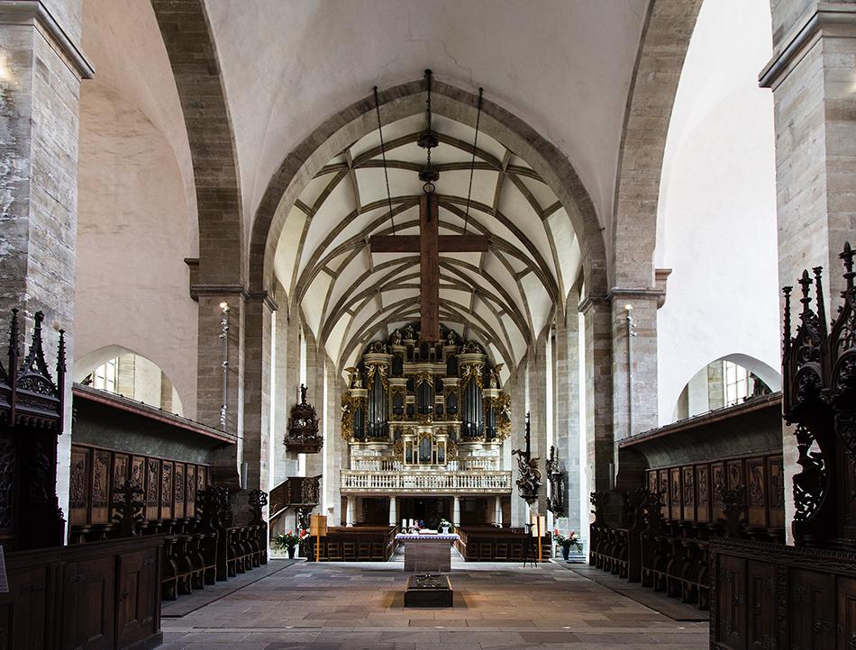 Merseburger Dom, Blick vom Chorgestühl zur Orgel