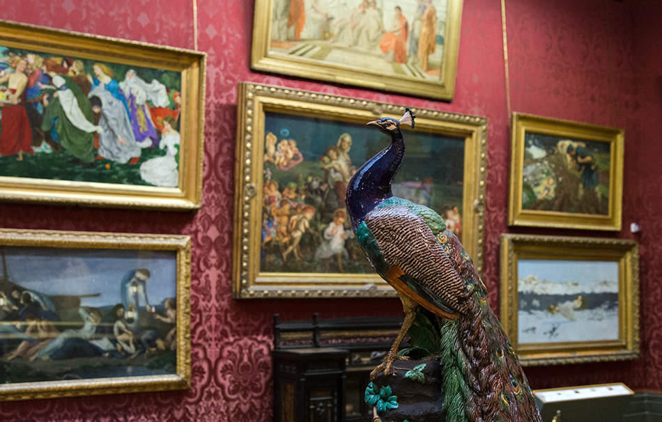 Liverpool, Walker Art Gallery, Minton Peacock, modelled by modelled by Paul Comolera