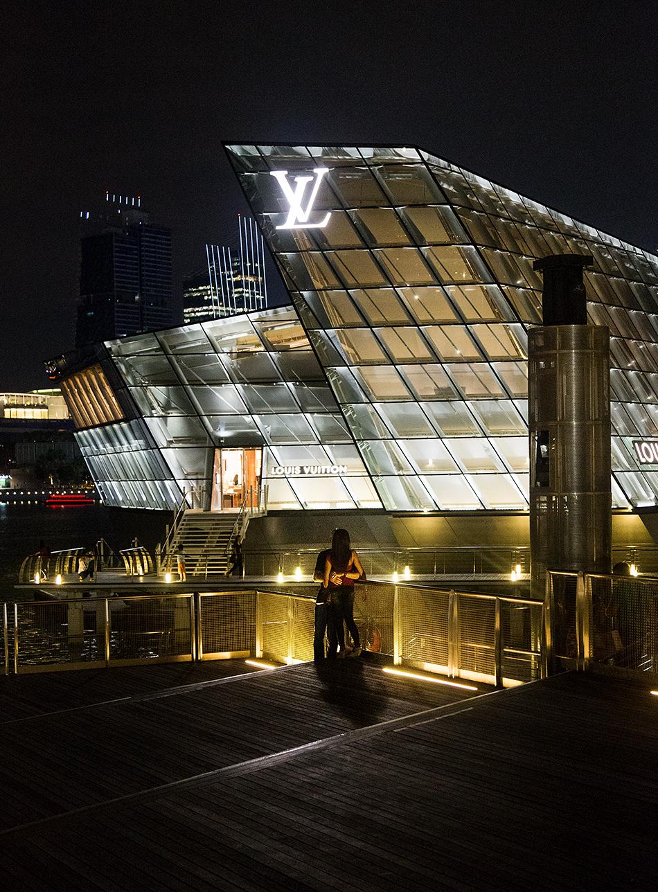 Fabian Fröhlich, Singapore, Louis Vuitton Flagship Store
