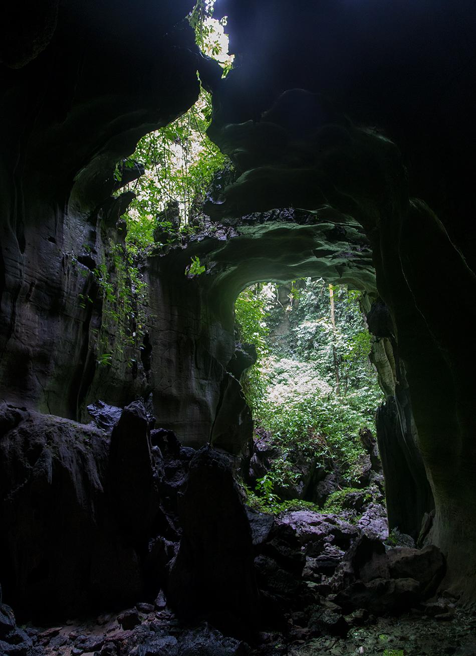 Fabian Fröhlich, Bukit Lawang, Sumatra, Bat Cave