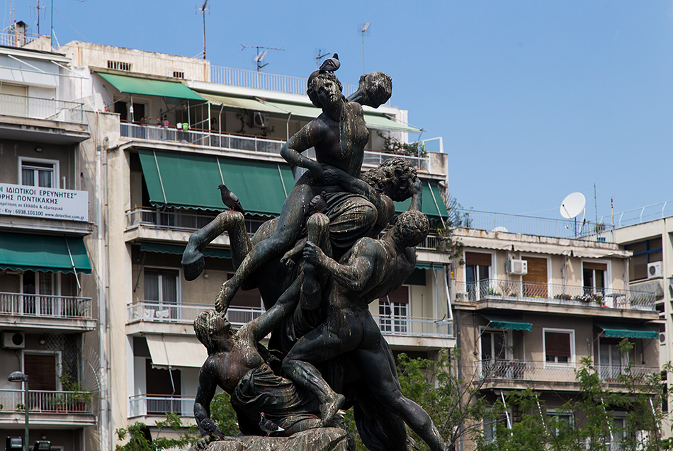 Victoria Square (with Theseus rescues Hippodamia by Johannes Pfuhl) , Athen, Fabian Fröhlich