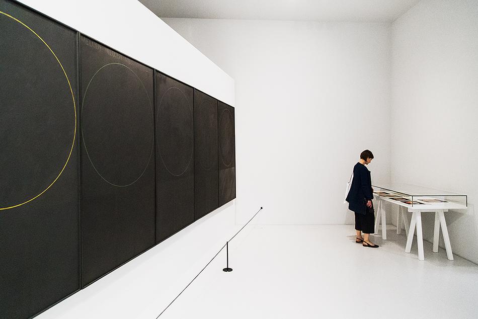 Fabian Fröhlich, documenta 14, Kassel, Ralph Hotere, Malady Panels, Neue Galerie