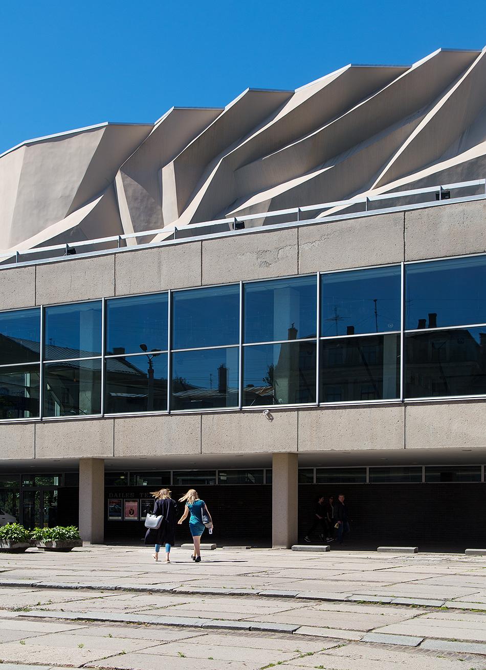 Fabian Fröhlich, Riga, Dailes Theater