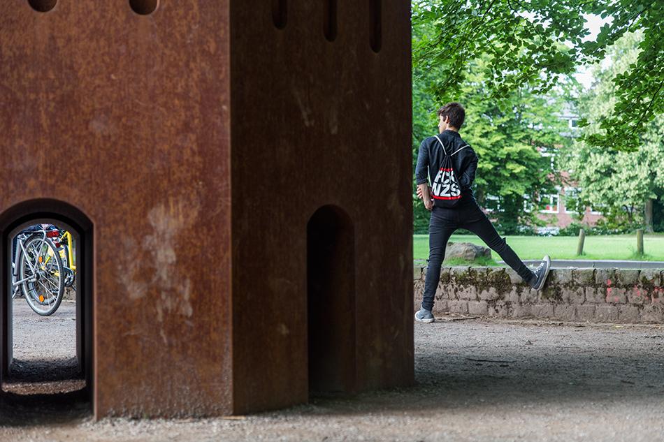 Fabian Fröhlich, Skulptur Projekte Münster, Thomas Schütte, Nuclear Temple