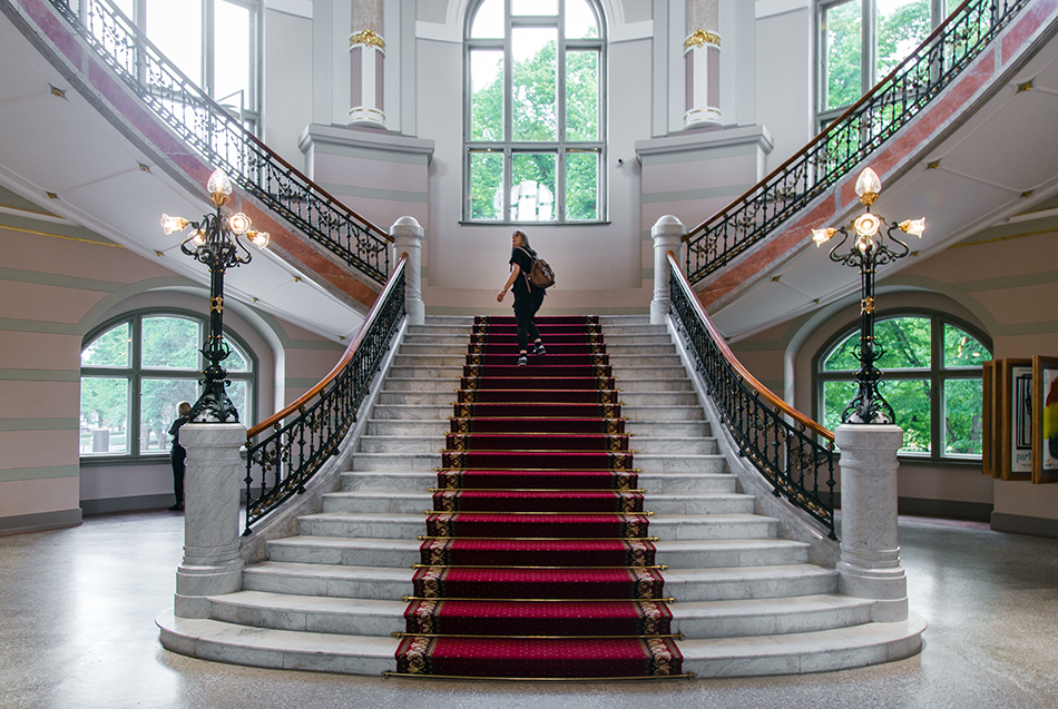 Fabian Fröhlich, Riga, Latvian National Museum of Art, Entrance Hall and Staircase