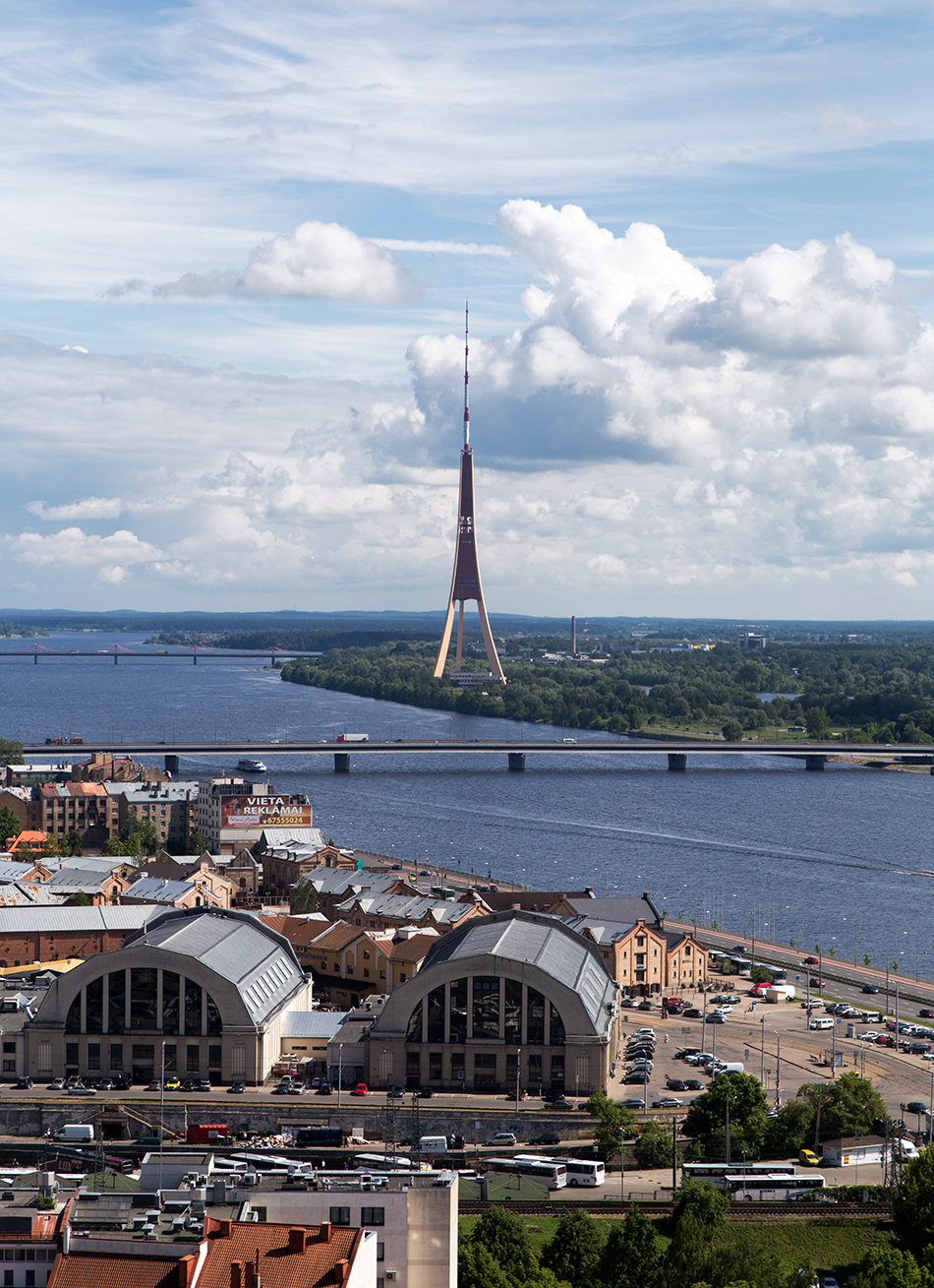 Fabian Fröhlich, Riga, Riga Radio and TV Tower, seen from St. Peter's Church