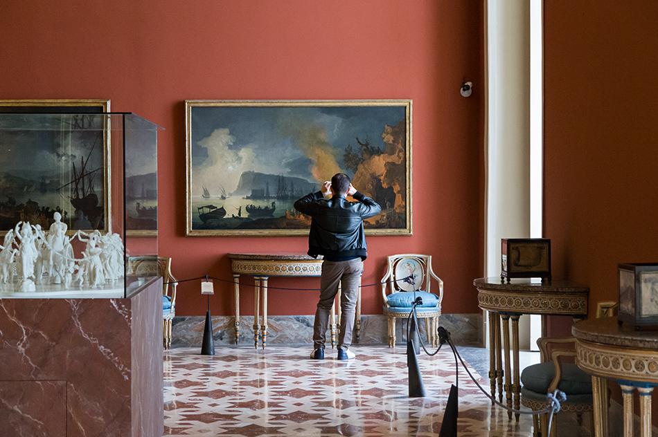 Napoli, Museo Nazionale di Capodimonte, Pierre Jacques Volaire, Notturno napoletano con tarantella in riva al mare