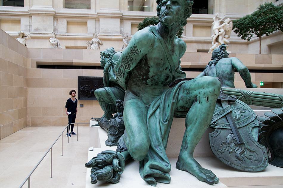 Fabian Fröhlich, Louvre, Martin Desjardin, Captifs